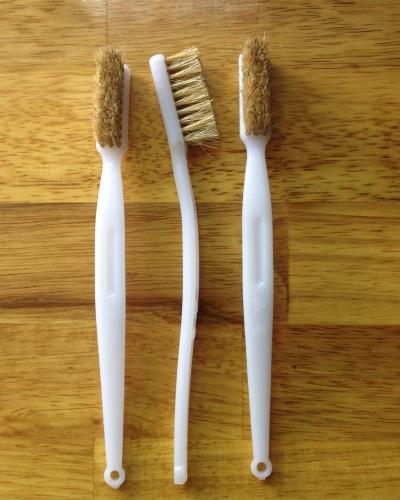 Bàn chải quét keo lông vàng
